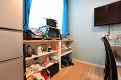 食材などを入れておける棚の様子。(C棟)(2017-09-06,共用部,LIVINGROOM,2F)