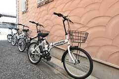 自転車は専有部ごとに1台用意されています。(2016-05-23,共用部,GARAGE,1F)