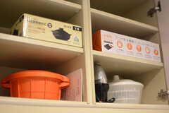 土鍋やホットプレートなども。(2015-02-24,共用部,KITCHEN,2F)
