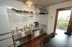 シェアハウスのキッチンの様子。(2008-06-20,共用部,KITCHEN,2F)