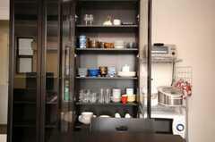 食器棚の様子。(2008-06-20,共用部,OTHER,2F)
