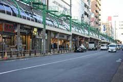 各線・北千住駅周辺の様子。商店街があります。(2018-11-27,共用部,ENVIRONMENT,1F)