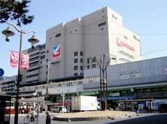 JR常磐線亀有駅。千代田線直結なので乗換無しで都心までダイレクトアクセスが可能。(2007-03-01,共用部,ENVIRONMENT,1F)