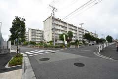 周辺は住宅街です。ファミリー層も多いエリア。(2016-07-15,共用部,ENVIRONMENT,1F)