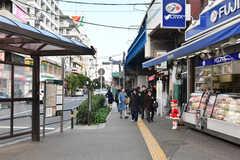 各線・綾瀬駅前の様子。(2019-12-01,共用部,ENVIRONMENT,1F)