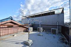 屋上の様子。洗濯物が干せます。(2016-10-27,共用部,OTHER,3F)
