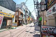 飲食店も多いエリアです。(2015-05-21,共用部,ENVIRONMENT,1F)