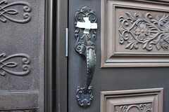 玄関のドアハンドル。(2017-02-20,周辺環境,ENTRANCE,1F)
