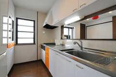 キッチンの様子。(2012-05-14,共用部,KITCHEN,1F)