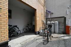 駐輪場の様子。(2018-05-25,共用部,GARAGE,1F)