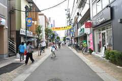 駅前から続く商店街の様子。(2017-07-03,共用部,ENVIRONMENT,1F)
