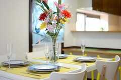 ディナーのときはこんな感じ。(2013-04-12,共用部,LIVINGROOM,2F)