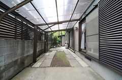 自転車置き場の様子。(2013-04-12,共用部,GARAGE,1F)