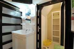 洗面台と脱衣室の様子。(2013-06-24,共用部,OTHER,1F)