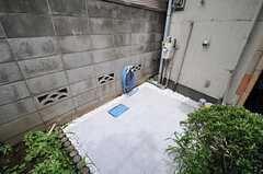 駐輪場の様子。(2013-06-24,共用部,GARAGE,1F)