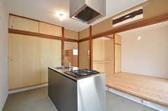 キッチンスペースの様子。(101号室)(2015-06-02,専有部,ROOM,1F)
