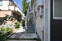 階段の様子。(2016-08-25,専有部,ROOM,1F)