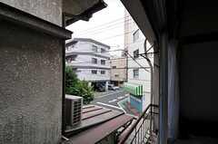 窓の外の様子。(203号室)(2011-06-10,専有部,ROOM,2F)
