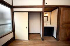 専有部の様子4。押入れの様子。(102号室)(2008-12-15,専有部,ROOM,1F)