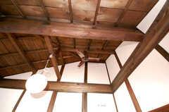 専有部の様子3。天井が高い。(202号室)(2008-12-15,専有部,ROOM,2F)