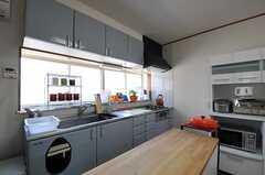 シェアハウスのキッチンの様子。(2011-06-22,共用部,KITCHEN,2F)