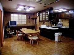 ラウンジの様子。(2006-03-11,共用部,LIVINGROOM,2F)