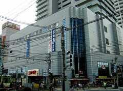 駅ビルの様子。(2006-03-11,共用部,ENVIRONMENT,1F)