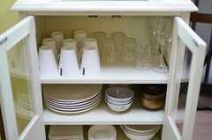 食器棚の様子。(2012-11-16,共用部,KITCHEN,1F)