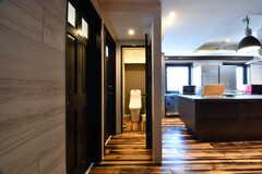 ウォシュレット付きトイレの様子2。(2017-07-10,共用部,TOILET,7F)