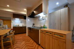 キッチンの様子。(2018-05-18,共用部,KITCHEN,1F)