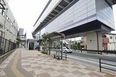 舎人ライナー・赤土小学校前駅の様子。(2014-07-14,共用部,ENVIRONMENT,1F)