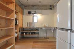 キッチンの様子。(2012-09-18,共用部,KITCHEN,5F)