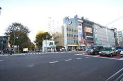 東京メトロ丸ノ内線・茗荷谷駅前の様子。(2015-11-27,共用部,ENVIRONMENT,1F)