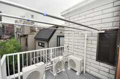屋上の様子。喫煙はコチラで。(2009-10-05,共用部,OTHER,3F)
