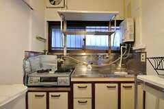 シェアハウスのキッチンの様子2。(2011-08-23,共用部,KITCHEN,1F)