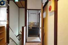 2階の専有部にはすべて洗面台が付いています。(203号室)(2011-08-23,専有部,ROOM,2F)