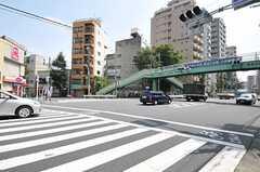 東京メトロ南北線・本駒込駅がある本郷通りの様子。(2011-08-23,共用部,ENVIRONMENT,1F)