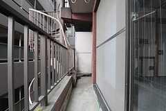 ベランダの様子。(503号室)(2011-07-29,専有部,ROOM,5F)