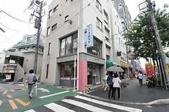 東京メトロ丸の内線・茗荷谷駅からシェアハウスへ向かう道の様子。(2011-07-29,共用部,ENVIRONMENT,1F)