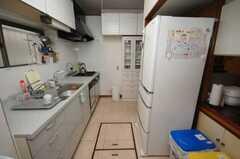 シェアハウスのキッチンの様子。(2008-07-15,共用部,KITCHEN,1F)