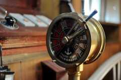 レバーを操作するとチーンと音が鳴ります。(204号室)(2010-10-05,専有部,ROOM,2F)