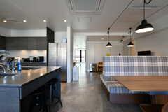 2階の入居者さんは、1階と2階と使うことができます。(2018-10-29,共用部,LIVINGROOM,2F)