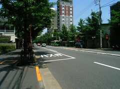 駅からシェアハウスへ向かう道の様子。(2005-06-06,共用部,ENVIRONMENT,)