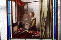 専有部の様子7。フェルメールもステンドグラスに。(201号室)(2009-11-12,共用部,OTHER,2F)