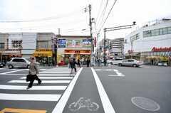 東京メトロ千代田線根津駅前様子。(2009-11-12,共用部,ENVIRONMENT,1F)