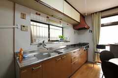キッチンの様子。(2012-08-27,共用部,KITCHEN,1F)