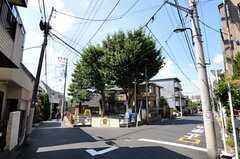 シェアハウスから東京メトロ南北線・本駒込駅に向かう道の様子。(2012-08-27,共用部,ENVIRONMENT,1F)