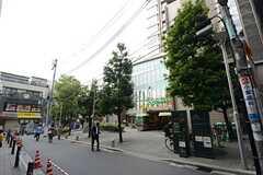 東京メトロ丸ノ内線・茗荷谷駅前の様子2。(2015-09-28,共用部,ENVIRONMENT,1F)