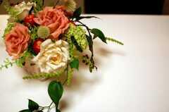 テーブルの上に彩られた花。(2010-03-16,共用部,OTHER,4F)