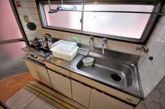 シェアハウスのキッチンの様子。(2010-03-16,共用部,KITCHEN,5F)